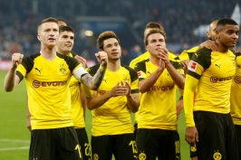 Dortmund ovládl vestfálské derby a dál kraluje Bundeslize