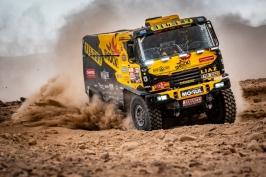 Macík byl vyloučen z hlavního závodu, dál pojede jen malý Dakar