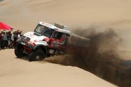 Loprais klesl v pořadí Dakaru na 6. místo, nově vede Sotnikov