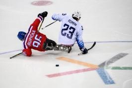 Sledge hokejisté dostali od Američanů desítku a sen o medaili skončil