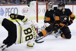Pastrňákův gól Bostonu k výhře nestačil, Rittich inkasoval čtyřikrát z 23 střel