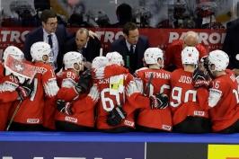 Švýcaři jsou na tom nyní lépe. Českému hokeji odskočili ve výchově hráčů, myslí si Dusík