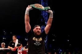 Fury zvládl i druhý zápas po návratu do ringu a v boji o titul WBC vyzve Wildera