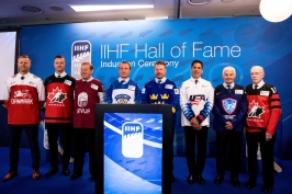 Do Síně slávy IIHF vstoupili Blake, Chelios, Alfredsson a Lehtinen