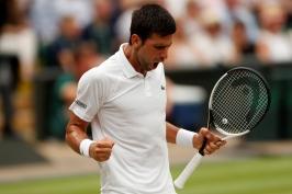 Světová jednička na Wimbledonu končí. Nadala vyřadil v semifinále po bitvě Djokovič