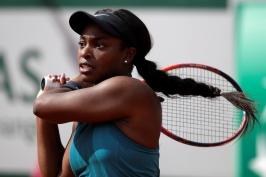 V Paříži si o titul zahraje Halepová se Stephensovou, Nadal vyřadil Schwartzmana