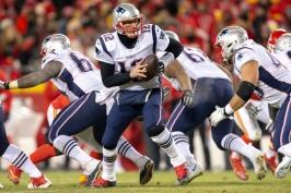 Dvě prodloužení a je jasno. O Super Bowl se utkají LA Rams a New England Patriots