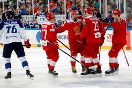 Rusové dominovali na fotbalovém stadionu. Výhru 5:0 nad Finy řídili beci
