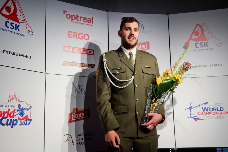 96ec5302c7eeb Nejlepším českým kanoistou je dvojnásobný medailista z Ria Dostál – ČT  sport – Česká televize