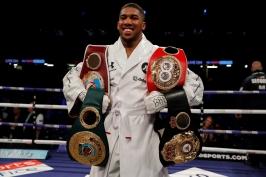 Joshua je králem ringu. V Cardiffu porazil Parkera na body a získal čtvrtý mistrovský pás