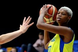 Basketbalistky USK nasázely Francouzkám stovku