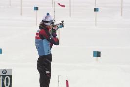 Biatlonistům komplikovala trénink v Hochfilzenu sněhová nadílka