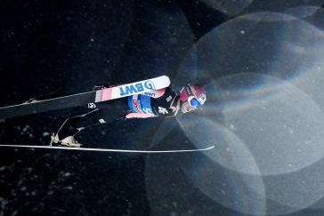 Do 2. kola v Zakopaném postoupila dvojice českých skokanů, vede Kraft
