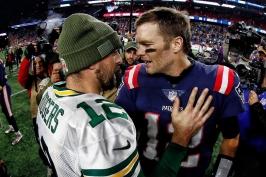 Saints ukončili neporazitelnost Rams, souboj titánů pro Bradyho