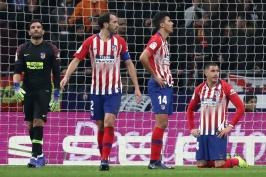 Atlético je venku z poháru. Vyřadila ho domácí remíza 3:3, Gironě ji vystřelil Doumbia